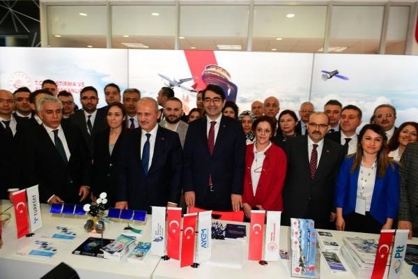 Bakan Turhan, Doğu Karadeniz Kariyer Fuarı'nın Açılışına Katıldı