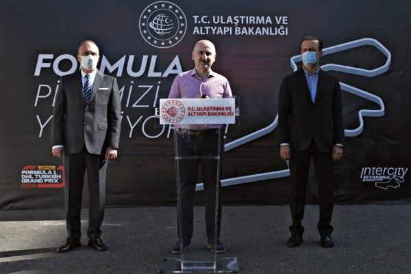 İSTANBUL PARK'TA ASFALT YENİLEME ÇALIŞMALARINA START VERİLDİ