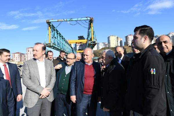 """""""Trabzon sahil yolu 22 köprüyle geçilecek"""""""